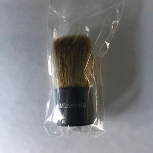 Bare Minerals brush